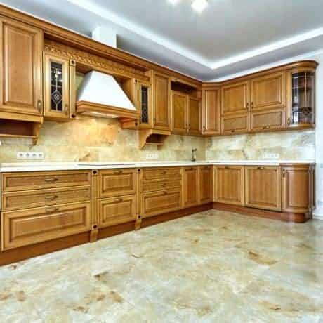 Роскошная кухня на заказ  в благородных и естественных тонах. Стоимость от 42 000р.-
