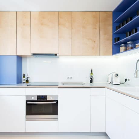 Современная угловая кухня Лофт с интегрированными ручками. От 80 000 р.-
